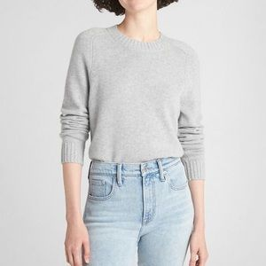 Fitted Lightweight Cropped Sweater Light Gray
